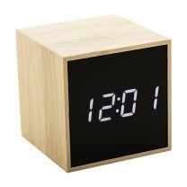 Emblémázható digitális óra és hőmérő