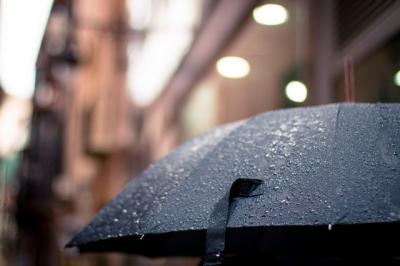Újrahasznosított anyagból készült esernyők